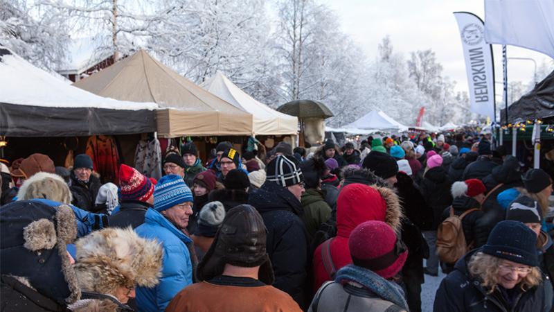 Jokkmokks Marknad med Ishotellet