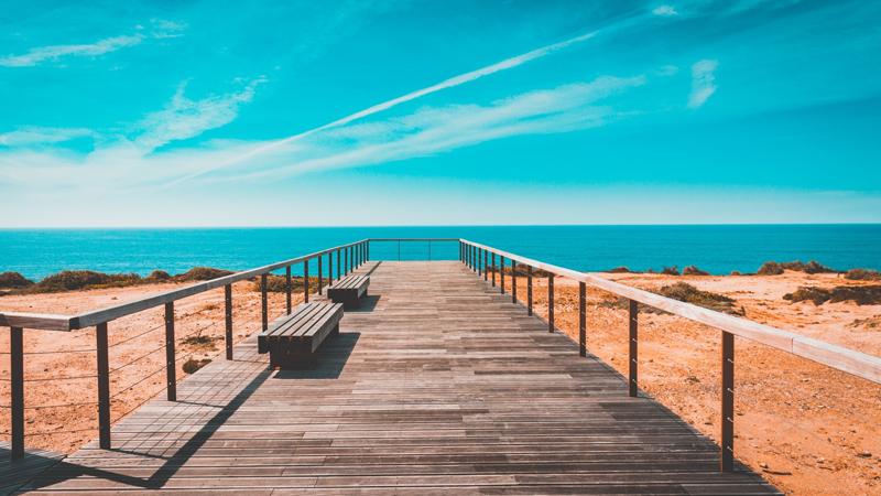 Portugal med Algarvekusten och Lissabon