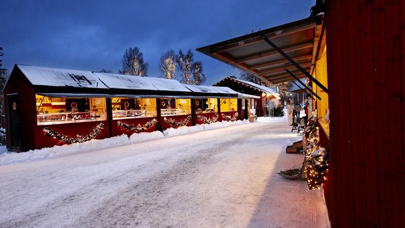 Julmarknadsresa till Huseby och Kosta